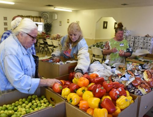 Florida Baptists join Plant City church in feeding hungry