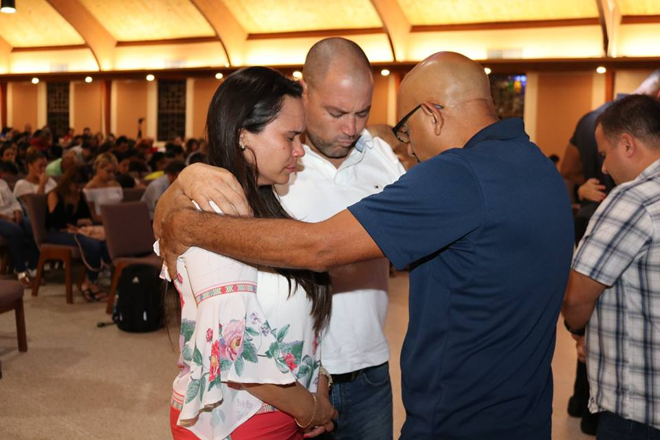 Hispanic marriage retreat refreshes couples